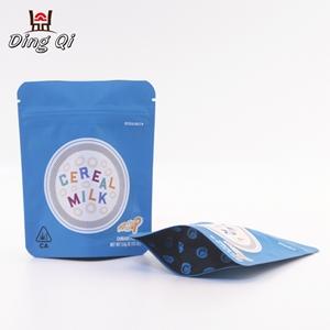 Plastic foil bag047